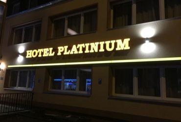 Platinium Hotel-Verwaltungs UG, Krefelder Str. 52, 52070 Aachen , : 0241 46374230